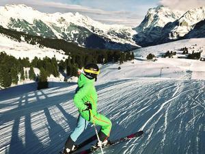 Längre dagar och högre berg. Scweiz är perfekt på vintern tycker Malin och Filip. Foto: Privat