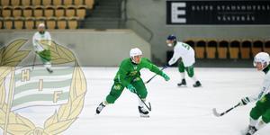 Ted Bergström i Hammarbytröjan i samband ett av spelarnas egna ispass under augusti.