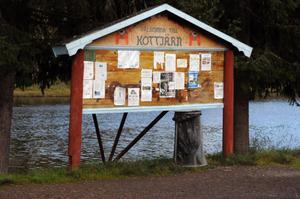 Sedan mitten av 1990-talet har Kottjärn varit en populär rastplats för trafikanter längs riksväg 26.