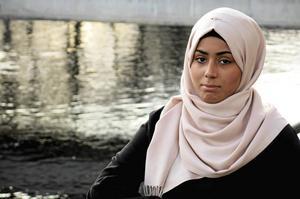 Zahra Ali Hashem har en kluven inställning till Gävle. Det är hennes fasta plats, men samtidigt förknippar hon många jobbiga situationer och händelser med Gävle.