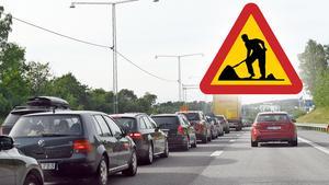 Räkna med minskad framkomlighet, hastighetsbegränsningar och var beredd på väntetider vid vägarbeten. Bild: Pontus Lundahl/TT