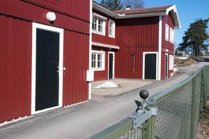 Junibacken i Edsbyn renoveras och görs om till ett nytt LSS-boende. För att unga personer med funktionsnedsättning ska kunna  flytta hemifrån måste utbudet av bostäder för målgruppen öka, anser socialnämnden.