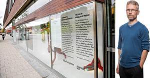 Debattören har reagerat på Tomas Karlssons LT-ledare om Grafikens hus från i torsdags. Bland annat nämns Konstfönstret som Grafikens hus tidigare hade i Kringlanvaruhusets skyltfönster på Köpmangatan.