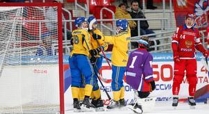 Joakim Andersson (18) gjorde två mål för Sverige.  Foto: Rikard Bäckman/Bandypuls.se/TT