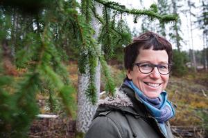 """Filmaren Pia Johansson driver företaget Piazzafilm och minns  kollegan fotograf Jan """"Fisken"""" Forsell som avled i cancer i början av december 2017.Arkivfoto."""
