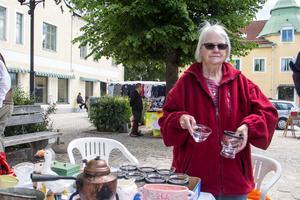 Siv Lindberg drev leksaksaffären i Norberg 1998-2006, nu säljer hon grejer på torgloppisen istället.