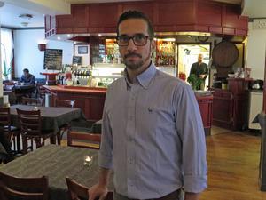 """Carlos Lievano kommer att riva ut disken. """"Jag vill skapa en rustik, modern och industriell känsla"""", säger han."""