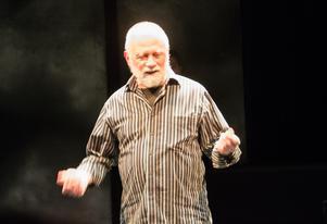 Kjell Olofsson som karaktären Sven.