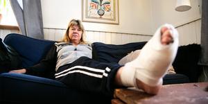 """""""Jag tycker det här är fel. Får man hjälp till sjukhuset tror man ju att man ska komma hem"""", säger Annica Tegskär."""