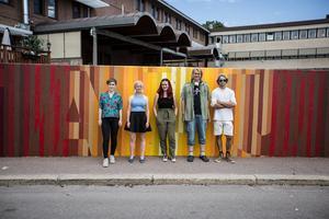 Frida Mård, Hilda Persson, Mina Börjesson, Erik Hammarbäck och Alexander Kindåker är några av dem som arbetat med att färgsätta illusionen på Östra Hamngatan.