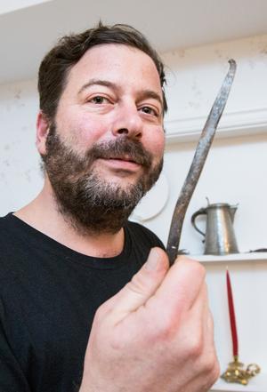 Under renoveringen av huset har David tagit tillvara en del roliga detaljer, som denna handsmidda spik.