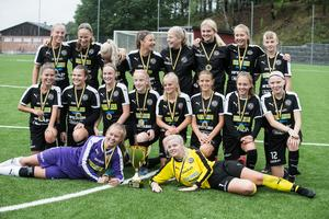 I finalen vann ÖSK med 4–2 mot Piteålaget Storfors AIK.