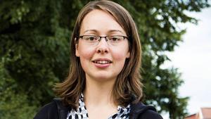 Elina Brodén (MP) förlorade lottningen och står kvar som ersättare.