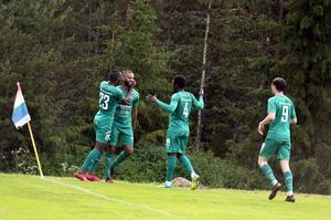 Anton Larsson har gjort 2–1 för Gottne i cupmatchen mot Hudiksvalls Förenade. Gottne är klar för andra omgången i Svenska Cupen och där kan det bli allsvenskt motstånd.