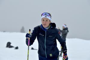 Anna Dyvik på snö i Idre, med siktet mot världscupen.