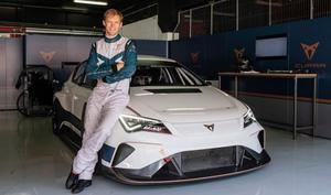 Mattias Ekström ser fram emot att vara en del i utvecklingen av CUPRA e-racer.