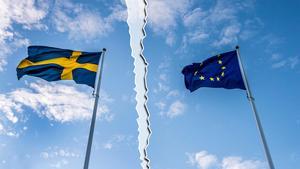 Skribenten är EU-motståndare och önskar att Sverige följer efter Storbritannien och lämnar unionen. Bild: Lars Pehrson/SvD/TT (montage)