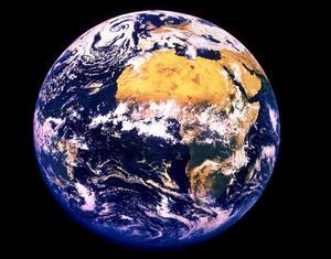 Mänsklighetens aktiviteter rubbar balansen på jorden.