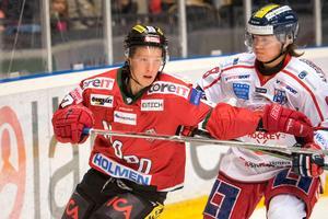 Oscar Öhman (här i Modotröjan) kör vidare i Troja-Ljungby.                                                              Bild: Adam Göransson