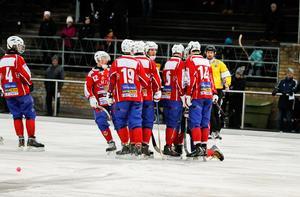Västanfors avslutade säsongen starkt med fyra segrar på de fem sista matcherna. Det räckte till en niondeplats i allsvenskan. Till nästa säsong siktar man högre.