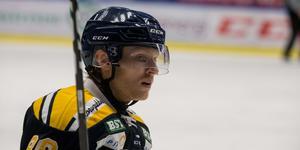 Alexander Falk siktar på comeback den kommande veckan. Säsongen inledde han med Bobbo Petersson innan skadan den 30 september.