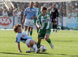 Patrik Karlsson stoppar Ljusvattnets Henry, Petter Andersson.