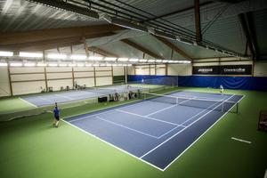 Tennis var i början ett sällskapsspel för överklassen, skriver skribenten.