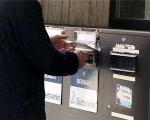 Skatteverket har tagit bort brevlådor och brevinkast eftersom det vid tidigare tillfällen har lagts ned saker i dessa som gjort att handlingar blivit förstörda. Bild: Lina Nyberg