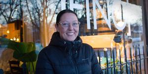 Lina Heidenborg var tidigare delägare i den numera konkursade restaurangen En lokal. I samma lokal har hon nu öppnat upp restaurangen Fino.