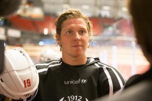 Nicklas Bäckström