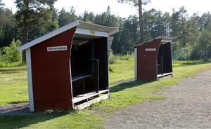 Tansvallen är vackert belägen vid sjön Tansen i Grycksbo, drygt en mil nordväst om Falun.
