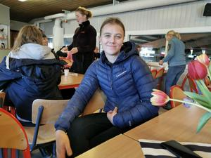 Emy Dahlman, Gävle Ryttarsällskap, en av många frivilliga under helgens tävlingar.
