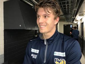 Johannes Kinnvall gjorde mål och assist – ändå föll hans HV 71 mot Brynäs med 4–3 efter straffar.