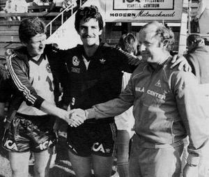 Roy Hodgson, Tord Gustavsson och undertecknad. Bilden är från 1983.