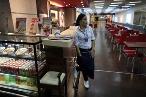Avtalsrörelsen. Det finns mycket goda ekonomiska förutsättningar för att förbättra för de anställda, hävdar hotell- och restauranfacket.foto: scanpix
