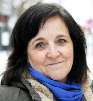 Eva Englund, 51 år, Östersund:– Nej. Jag är rädd om centrum. Det är det som är Östersund, med Stortorget och Badhusparken och Rådhuset och allting.