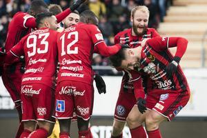 Östersunds Sotirios Papagiannopoulus  jublar efter ett allsvenskt mål mot Elfsborg.