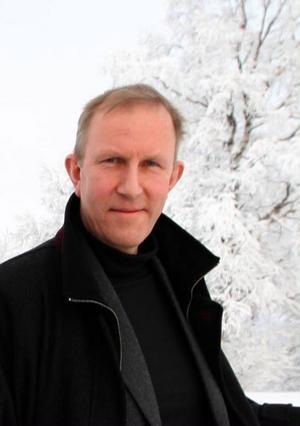 Sven-Eric Dahlgren, Härjeåns, är ingen motståndare till vindkraften. Men det krävs omfattande investeringar i nät och vägar för att alla vindkraftsdrömmar ska kunna bli verklighet.