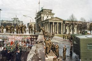 Berlinmuren några dagar efter dess