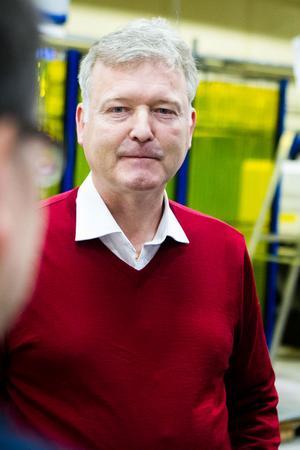 Enligt Stig-Olof Elmelind måste svenska företag våga satsa för att inte tappa kunder till lågkostnadsländer.