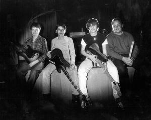 11. Bengt-Ola Hemmingsson, Robert Hansson, Örjan Huss och Anders Hultgren. De kallade sig Scrooth.
