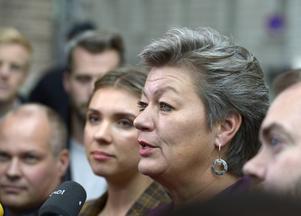 Arbetsmarknadsminister Ylva Johansson (S) bad alliansen om hjälp med en överenskommelse.