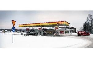 Enligt uppgifter till DD lägger Shellmacken vid Gruvrondellen ner butiken på tisdag. foto: staffan björklund