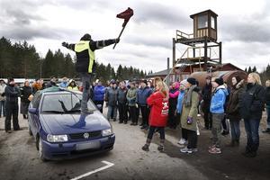 Krutcupens general Hasse Söderström går igenom förutsättningar och regler inför banracingen.