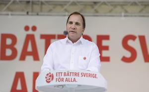 Socialdemokraternas partiordförande Stefan Löfven sommartalade i Vasaparken vid Sven-Harrys konstmuseum på söndagen.