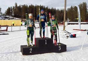 Linn Larsson, Hede SK, överst på pallen i JSM