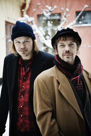 Ihop. Christian Kjellvander (t.v.) och Lars Demian är ute på en gemensam turné. I morgon kommer den till Spegeln i Gävle.