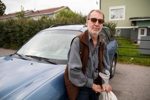 Ulf Olsson är kluven till att asylboendet avvecklas.