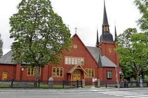 Ljusnarsbergs vackra träkyrka invigdes 1635.