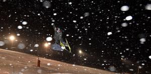 Jennie-Lee flyger som snöflingarna mot nya mål.